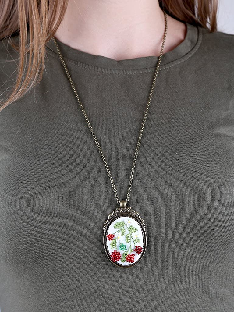 "Chic Skill Pendant /""Forest raspberry/"""