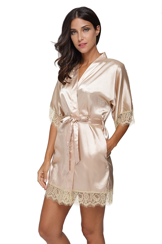 ddcdbfef83 Women s Sexy Satin Short Kimono Robe with Lace Trim Bridal Party Robe  Sleepwear at Amazon Women s Clothing store