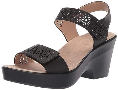 035a90465271 Amazon.com  Natural Soul Women s McKenna Wedge Sandal  Shoes