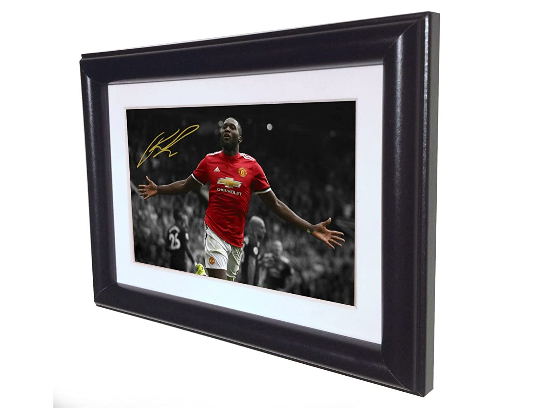 Signed Black Soccer Romelu Lukaku Manchester United Autographed Photo Photograph Picture Frame Gift SM kicks