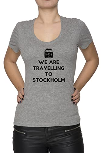 We Are Travelling To Stockholm Mujer Camiseta V-Cuello Gris Manga Corta Todos Los Tamaños Women's T-...