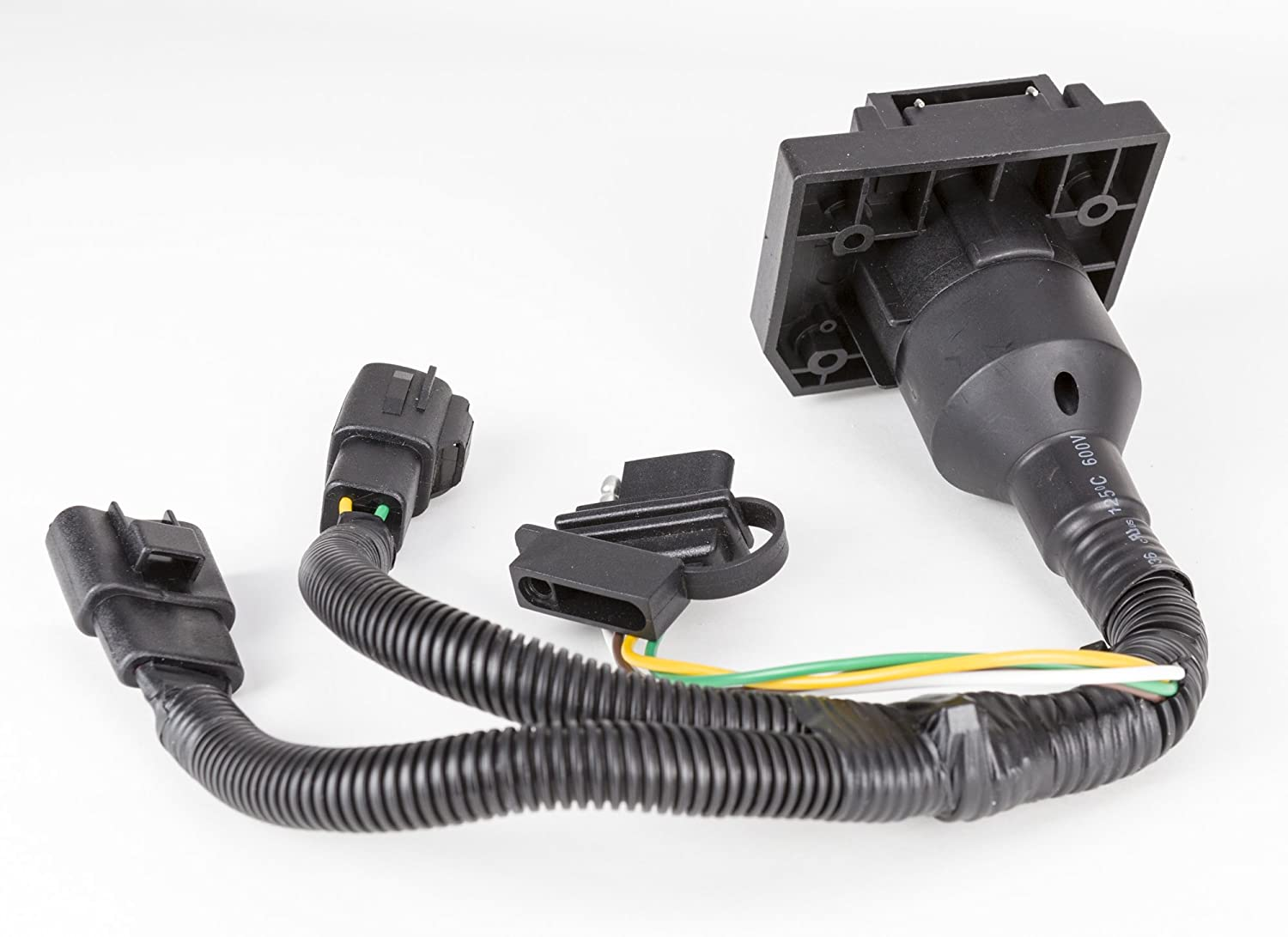 Reese Towpower 8551000 Professional Series Pre Wired Oem 4wire Flat 4way Includes Bothnb Ends 7 Way Blade And 4 Connector Kit Automotive
