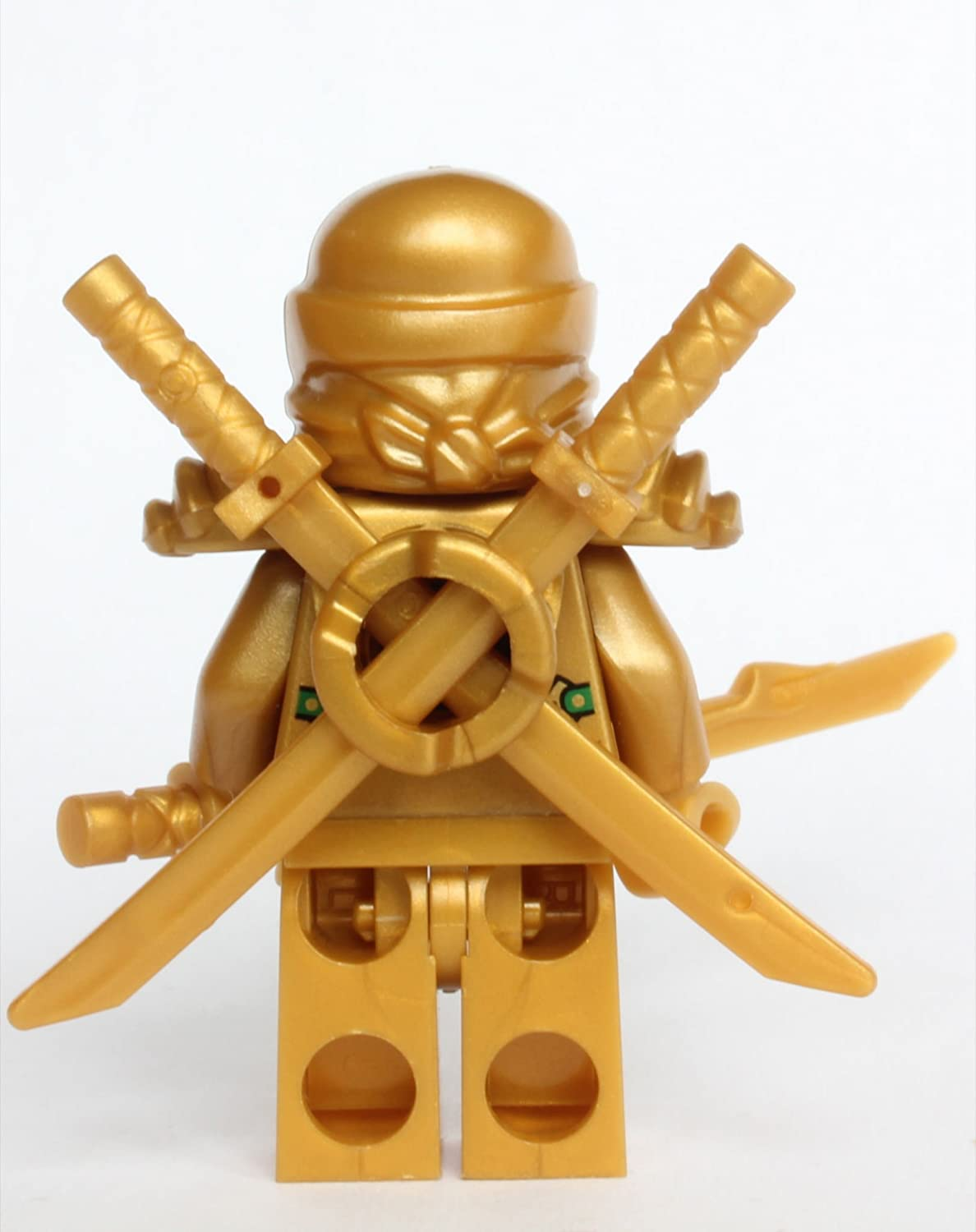 amazon com lego ninjago the gold ninja with 3 weapons toys games
