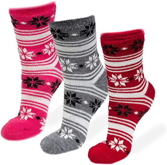 3 Pairs Cozy Cabin Socks for Women Aloe Infused Fuzzy Fluffy Comfortable Socks