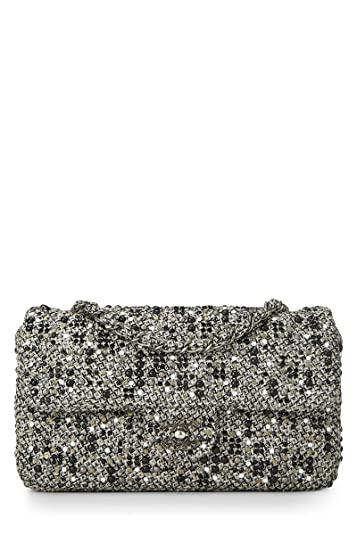 326dad1bca91 CHANEL Grey Tweed Classic Flap Medium (Pre-Owned): Handbags: Amazon.com
