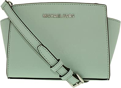fdd165f39447 Amazon.com  MICHAEL Michael Kors Women s Selma Mini Messenger Bag ...