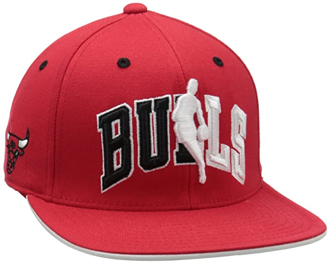 f4e44b8f678 Amazon.com   NBA Chicago Bulls Official Draft Cap