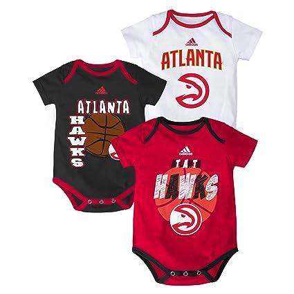 0bc638a9c Amazon.com   NBA Infant 3 Point Spread Bodysuit Set   Sports   Outdoors