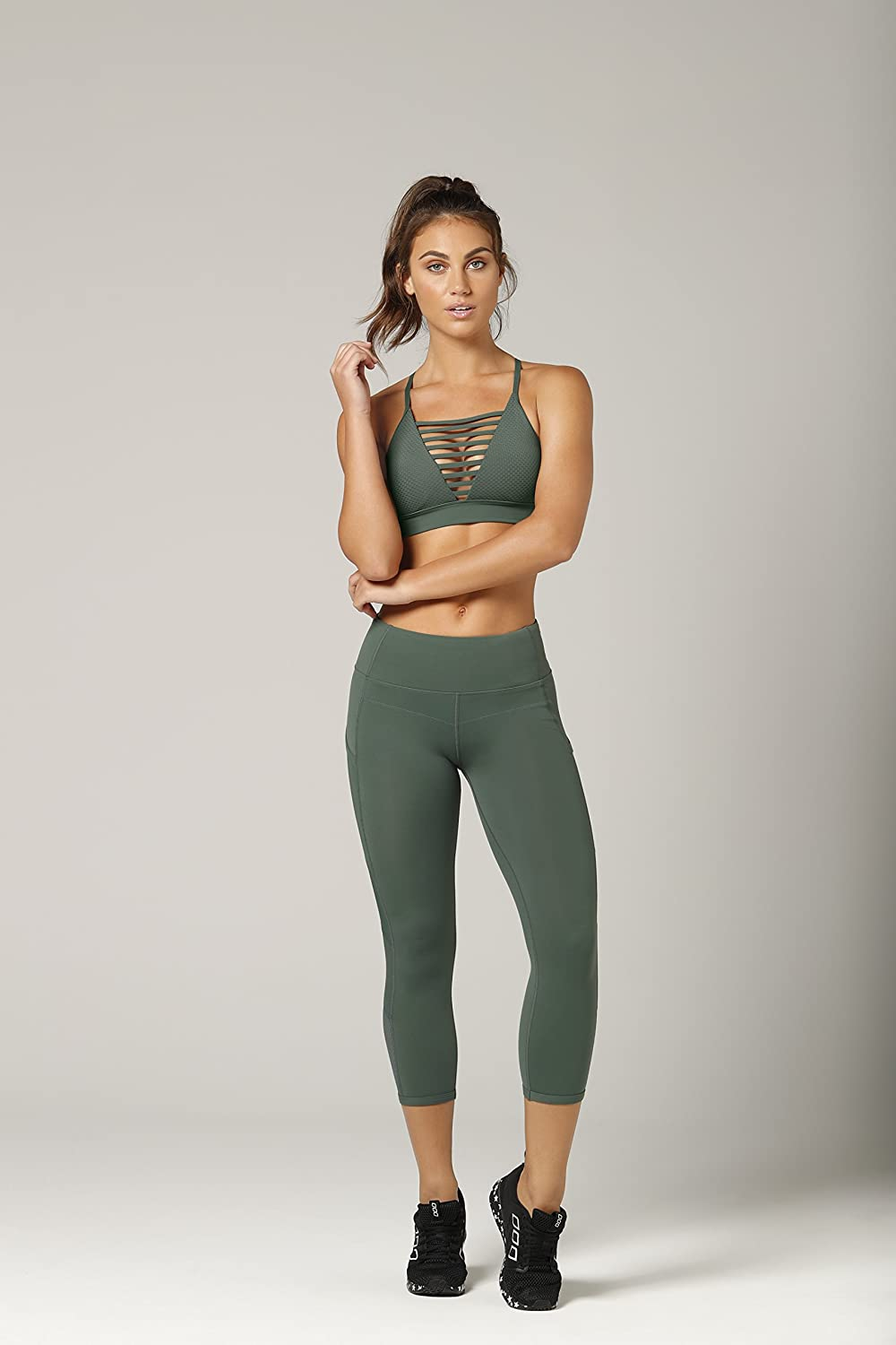 60be27af3ee5 LORNA JANE Women s Tri Ultimate Support 7 8 Tight Capri  Amazon.co ...