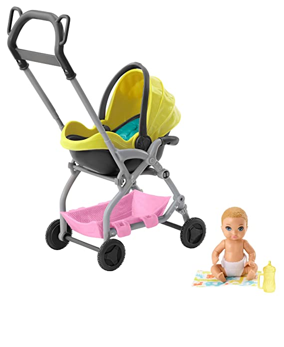 Barbie Skipper Muñeca Pequeña Bebé con Carrito Muñeca y Conjunto de Juego Skipper Canguro de Bebés de Barbie (Mattel GFC18)