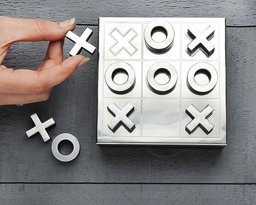 Store Indya,, juego de mesa de madera con tres en raya y juego de solitario 2 en 1 juegos de mesa tallada a mano con caja de almacenamiento (marrón 5): Amazon.es: Hogar