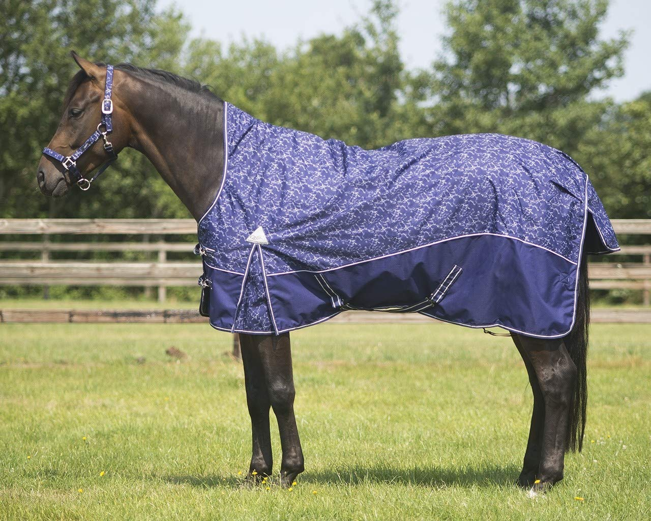QHP Turnout rug collection half neck fleece lining Size 215