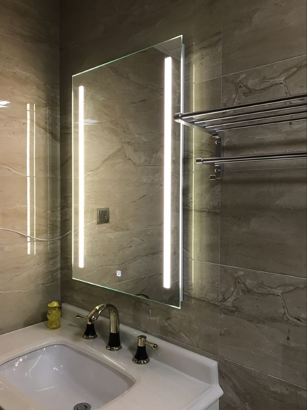 DIYHD W36'' X H36'' Wall Mount Led Lighted Bathroom Mirror Vanity Defogger 2 Vertical Lights Rectangular Touch Light Mirror