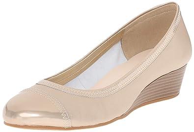 c89566e239de Cole Haan Women s Elsie Cap Toe Wedge II Soft Gold Metallic 8.5 B - Medium