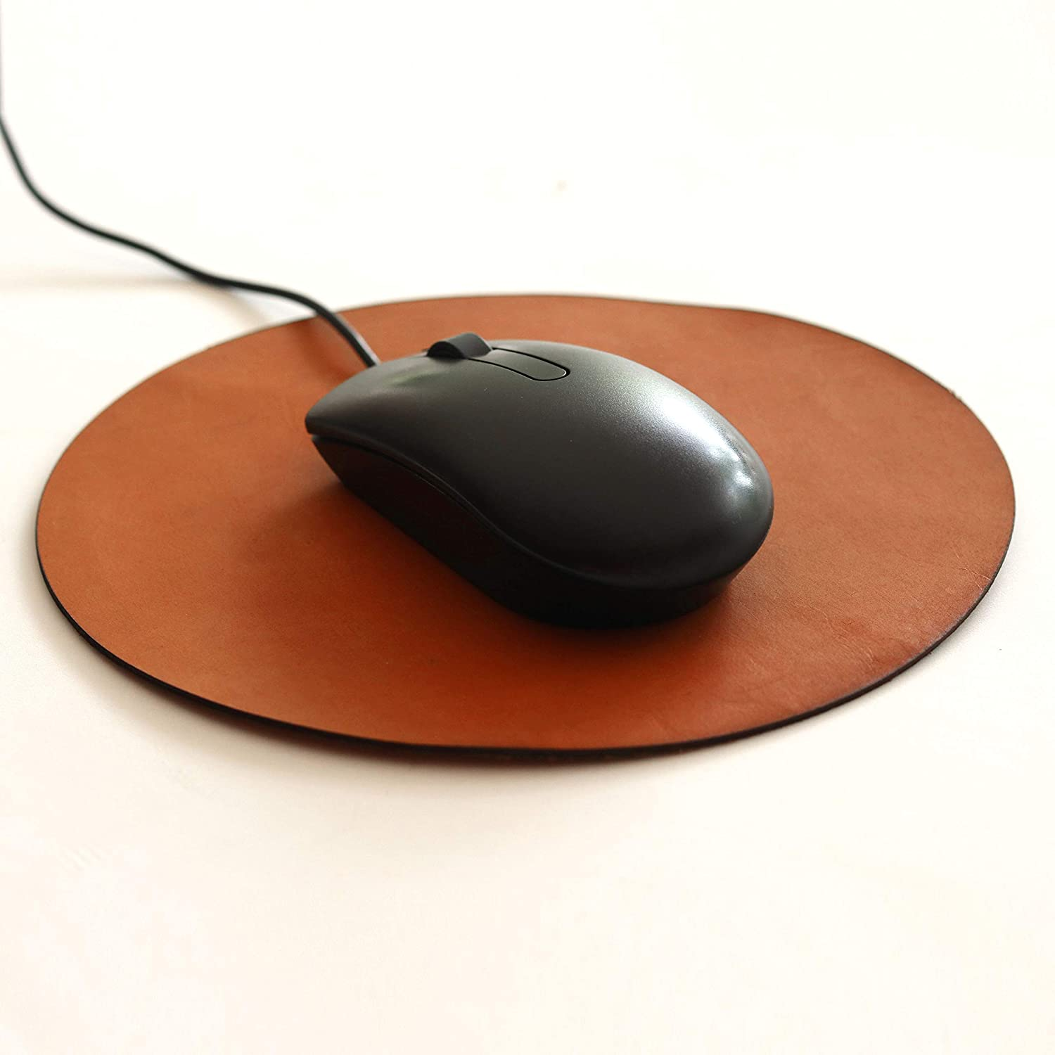 Mouse Pad - Vegetable Tan Leather Mouse Pads for Computer /Laptop / Office Home Desk Accessories - Office Corporate Gift -Christmas / Coworker   Gift   WFH Work from Home Gift   Round Mouse Pad 8 Inch