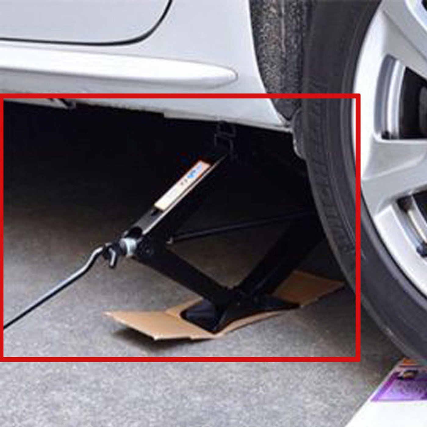 Scissor Jack with Crank Handle Car Tire Repair Kit Emergency for Toyota Camry Corolla Prius Vios - 2 Ton/ 4.2-15 Inch by DICN (Image #6)