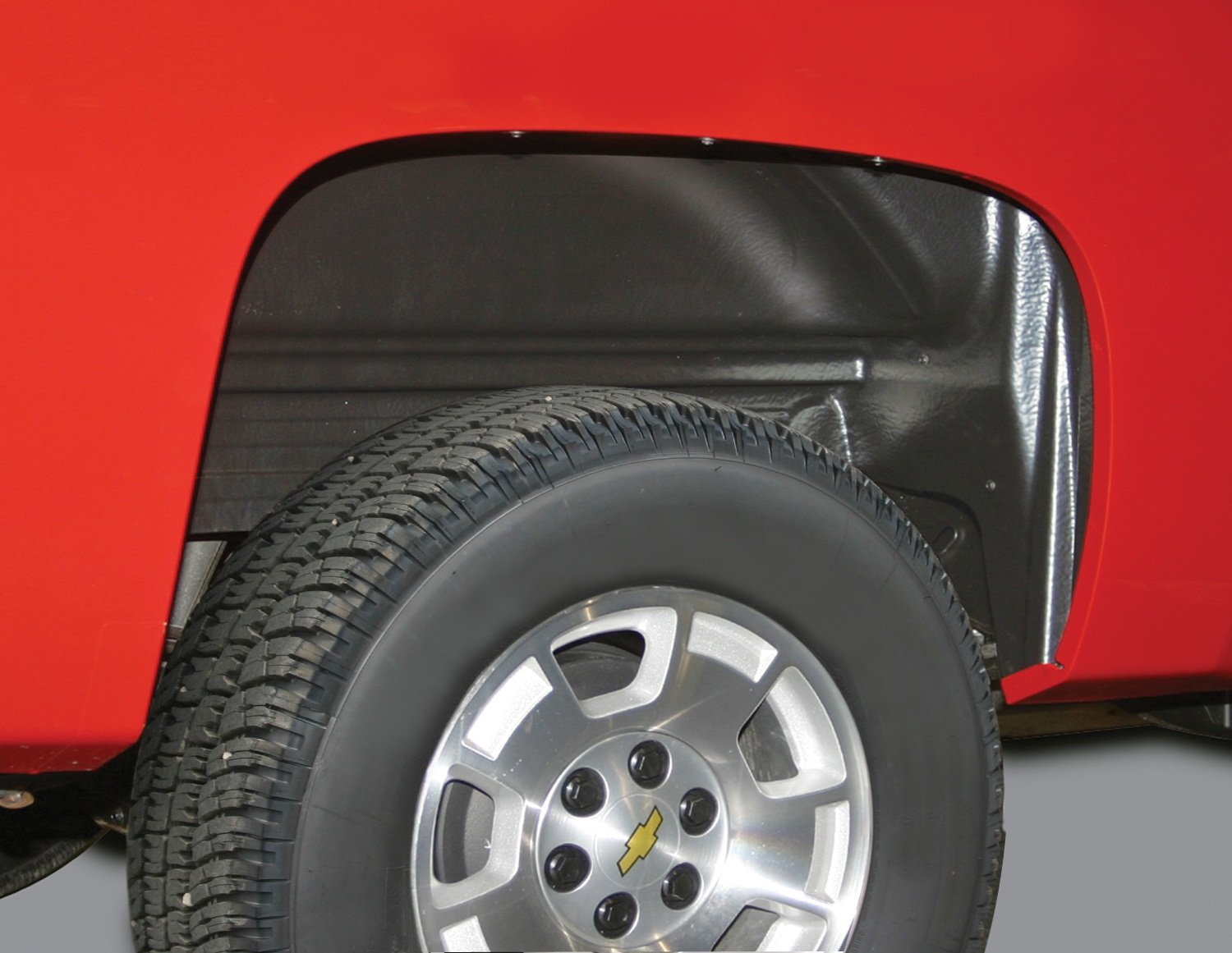 Rugged Liner Rear Wheel Well Liners | WWC99 | fits 99-07 Chevy 99-07 Classic 1500/2500/3500 Series Old Body Style, All bed sizes