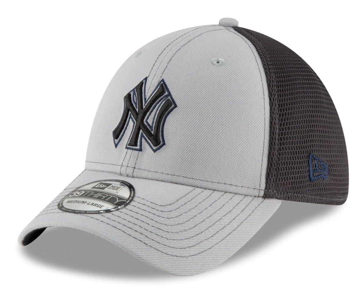 Amazon.com   New Era New York Yankees MLB 39THIRTY 2T Sided Flex Fit  Meshback Hat - Gray   Sports   Outdoors f62eb944ec87
