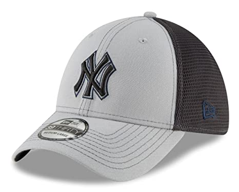 5e3b137502b Image Unavailable. Image not available for. Color  New Era New York Yankees  MLB 39THIRTY 2T Sided Flex Fit Meshback Hat ...