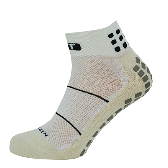 75bed3a0cacc 2.0 Ankle Length Socks - White Black  Amazon.co.uk  Clothing