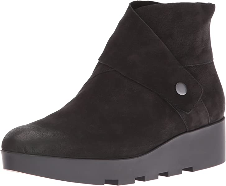 73cdf6cbb5cc Eileen Fisher Women s Tread Ankle Boot Black 6.5 ...