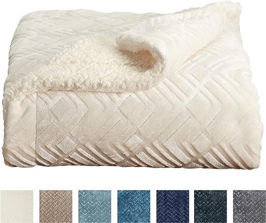 Amazon Com Home Fashion Designs Premium Reversible Sherpa And Fleece Velvet Plush Blanket Fuzzy Soft Warm Berber Fleece Bed Blanket Brand King Winter White Home Kitchen