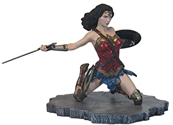 Justice League Movie Batman PVC Gallery Figure DIAMOND SELECT TOYS DC Gallery
