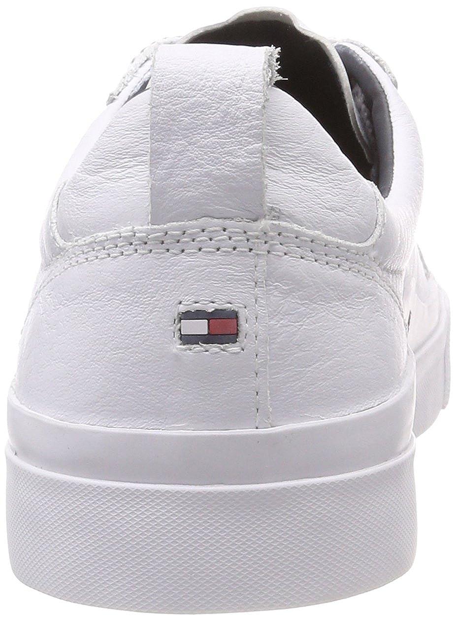 ea8eedd23501 Tommy Hilfiger Men s Flag Detail Low-Top Leather Sneaker  Amazon.co.uk   Shoes   Bags