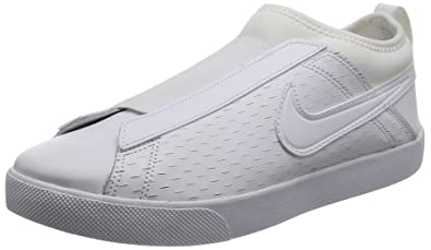 f85cb4a74eb Image Unavailable. Image not available for. Colour: Nike Women's Racquette '17  Slip ...