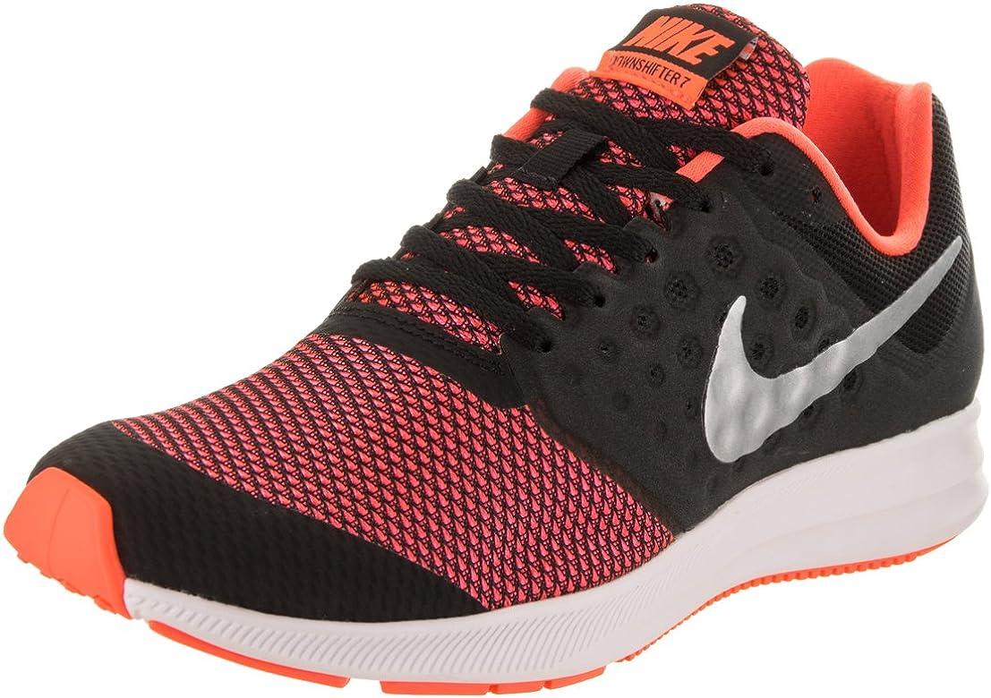 Nike - Zapatillas de Running para niños (Talla S), Color Negro y Plateado: Amazon.es: Zapatos y complementos