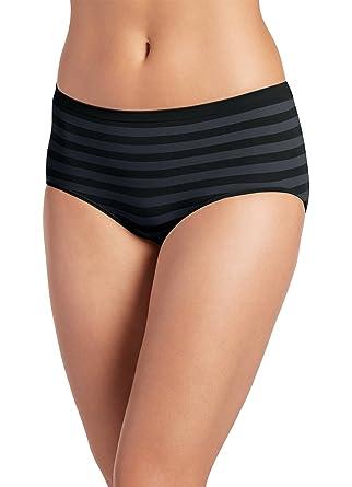 a5107695a57 Jockey Women s Underwear Matte   Shine Seamfree Hipster at Amazon ...