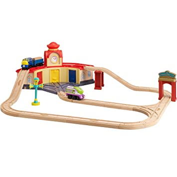 Chuggington Roundhouse Wooden Train Set with Koko, Brewster and Vee ...