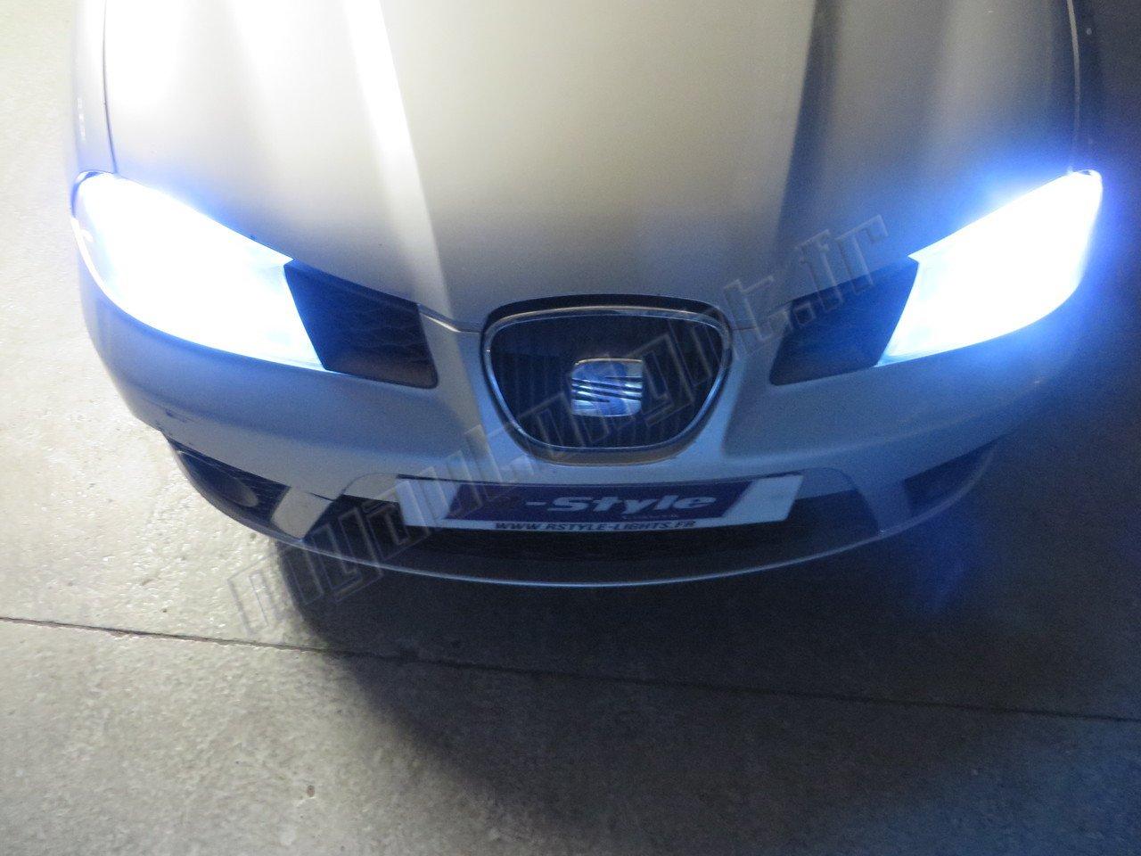 Kit Ampoules de phares à LED H7 Haute Performance pour SEAT IBIZA 3 6L PHARES H7 MyAutoLight