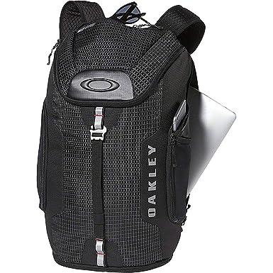 df8996673 Amazon.com: Oakley Men's Link Backpack,One Size,Blackout: Clothing