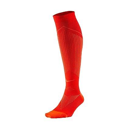 Amazon.com   NIKE Elite Graduated Compression OTC Running Socks ... d130bfcea