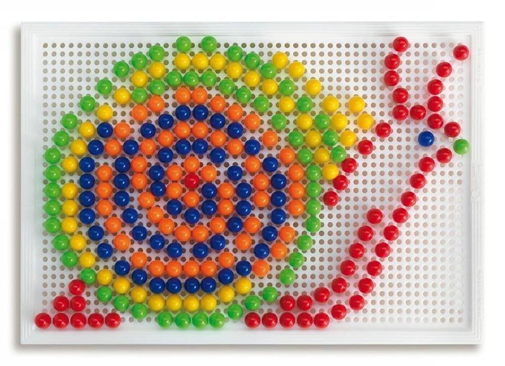Quercetti  Estuche para crear mosaicos clavos