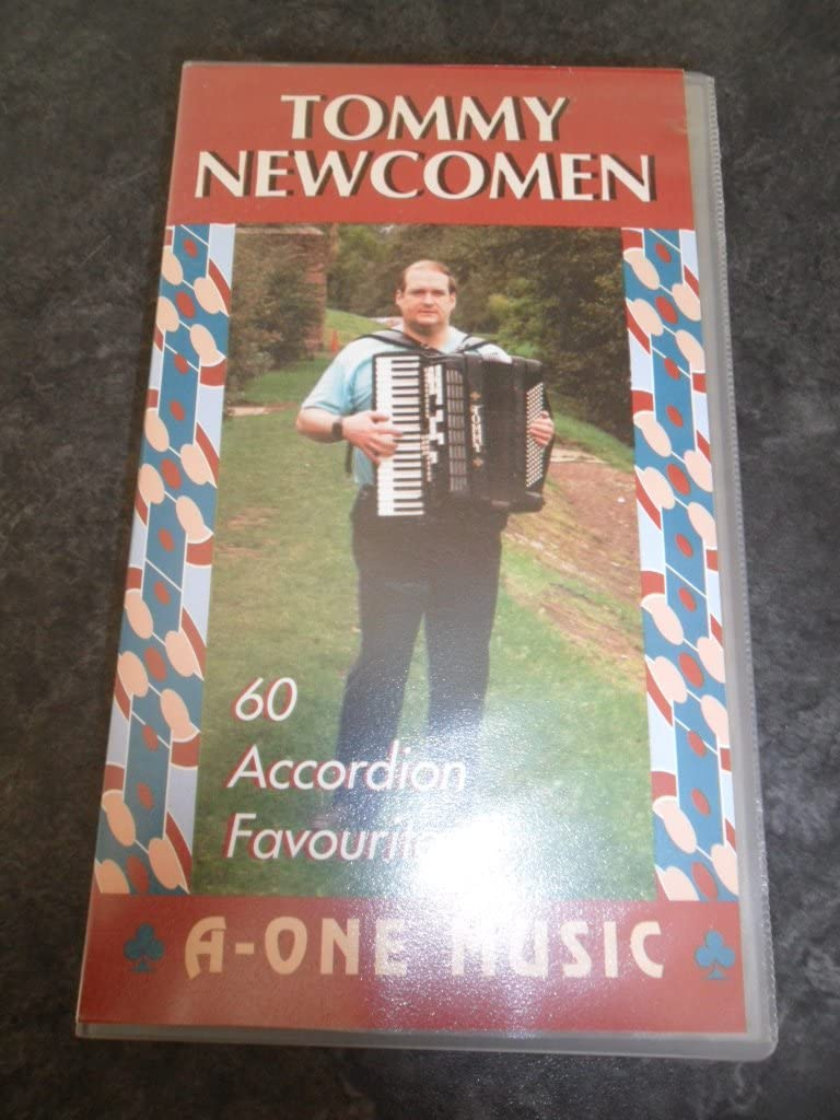 Tommy Newcomen - Accordion Favourites Volume 22 - VHS Video