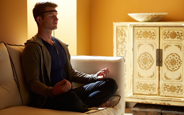 muse 脳波計 集中力を高める為、ヨガ、瞑想に最適!【並行輸入品】