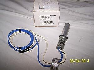 Honeywell C7035A1031 Minipeeper Ultraviolet Flame Detector Sensor, NEMA