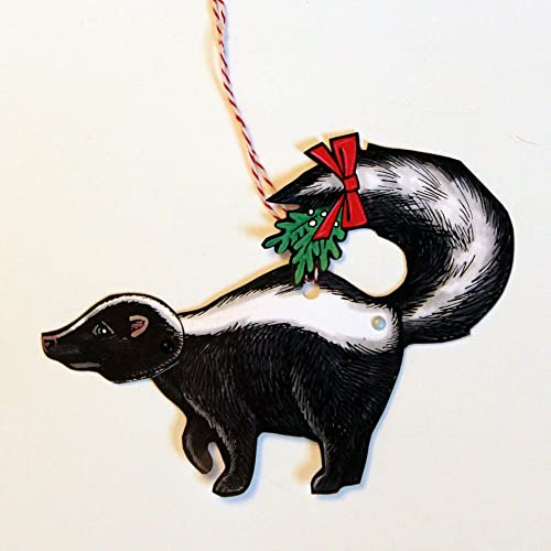 Skunk with Mistletoe Jointed Gift Tag or Christmas Ornament, Mini Woodland  Animal Paper Doll - Amazon.com: Skunk With Mistletoe Jointed Gift Tag Or Christmas