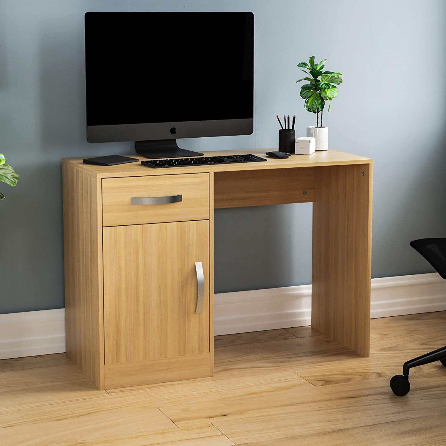 Gaming Study Workstation Storage Cupboard Furniture Home Office PC//Laptop Table Vida Designs Hudson Computer Desk with Drawer and Door Pine
