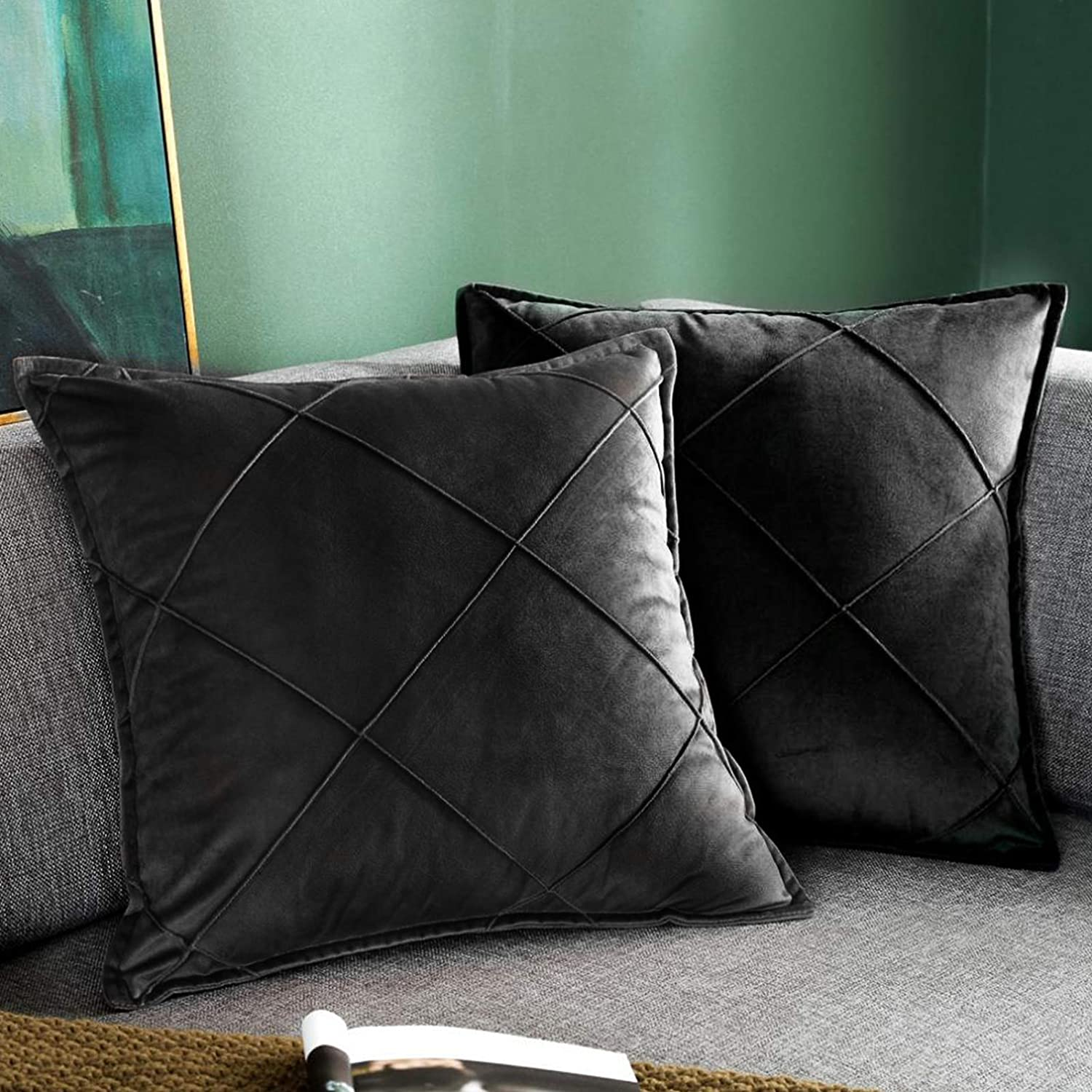 Lipo Set of 2 Throw Pillow Covers, Velvet Square Pillowcases, Decorative Soft & Cozy Throw Pillow Cushion Covers Pillowcase, Home Decor for Sofa Couch Bed Chair, 20x20 Inch, Black