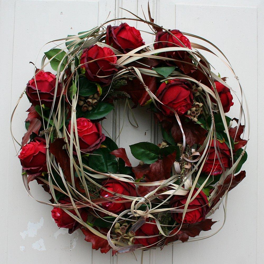 FRI-Collection Meisterfloristik Türkranz Wandkranz Kranz roten Rosen Seidenblumen 50 cm  41335