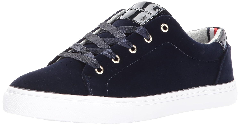 3758c3cad Amazon.com  Tommy Hilfiger Women s Lenz Sneaker  Shoes