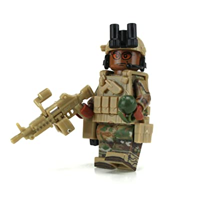 Battle Brick US Army Gunner African American Infantry Custom Minifigure: Toys & Games