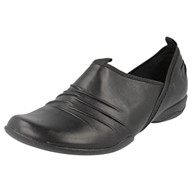 7533d7b25eb9 LADIES CLARKS PRIVO JOSIE RAY BLACK LEATHER SLIP ON SHOES UK SIZE 6.5  FITTING D  Amazon.co.uk  Shoes   Bags