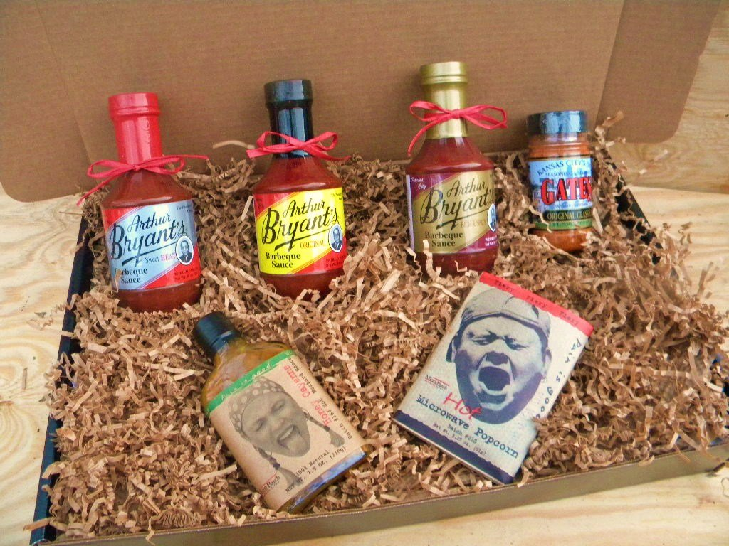 Arthur Bryants Barbecue Sauce Deluxe Gourmet Box Set [Includes Bottles of Sauces, KC Seasoning Rub, Honey Cayenne Hot Sauce, & Bold/Spicy Popcorn] by Kansas City BBQ Lovers.com (Image #1)