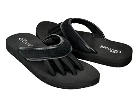 c69a137ecfe4 Super Lightweight Pedi Couture Brand Sandals with Toe Separator Feature  (Black