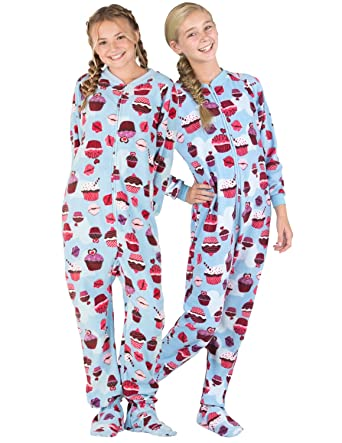 Amazon.com  Footed Pajamas - Blue Cupcakes Kids Fleece Onesie  Clothing fe743d388