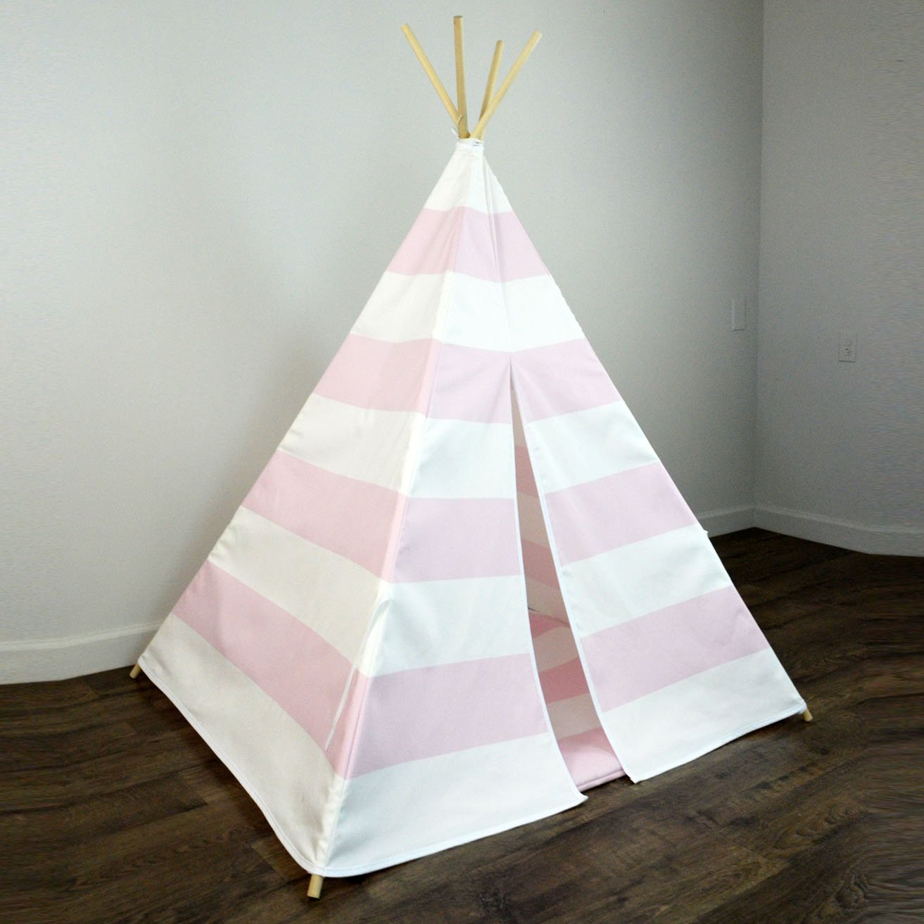 Amazon.com: Kids Teepee Tent And Matching Mat in Pink & White ...